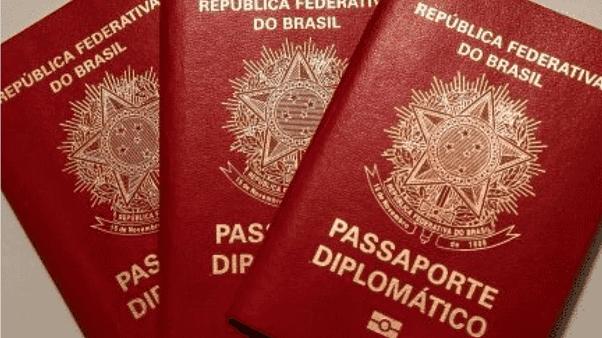 o que é passaporte diplomático